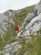 Via Normale Pizzo della Pieve (cresta E) - Il canalino al termine del quale scompaiono i bolli rossi