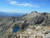 Via Normale Pic Lombarduccio - Dalla cima il Lac de Capitello e la Punta alle Porta