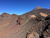 Via Normale Pico Viejo e Pico Sur - A sinistra l'antica bocca vulcanica e, sempre a sinistra, il Pico Viejo