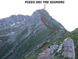 Via Normale Pizzo dei Tre Signori - dal Rif. Madonna della Neve - Immagine ripresa nei pressi della Bocchetta Alta, sulla cresta W del Pizzo dei Tre Signori