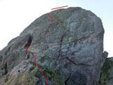 Via Normale Pizzo dei Tre Signori - dal Rif. Madonna della Neve - Il caminetto sulla cresta W (tratto punteggiato in quanto nascosto dietro le rocce)
