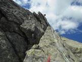 Via Normale Pizzo Spazzacaldera (cresta NE) - Sull´esposta lama di L6