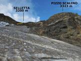 Via Normale Pizzo Scalino (traversata) - Sul crepacciato Ghiacciaio dello Scalino, in giallo la paretina attrezzata