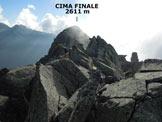 Via Normale Cima Finale - La cresta sommitale di blocchi accatastati