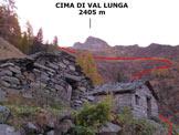 Via Normale Cima di Val Lunga - Immagine ripresa alle due baite della Corna (q. 1785 m)