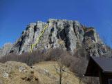 Via Normale Resegone - Ferrata del Centenario - La bastionata di fronte al Rif. Ghislandi, in giallo la Ferrata del Centenario