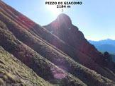 Via Normale Pizzo di Giacomo - In salita, sulle ripide chine erbose del versante W