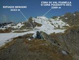 Via Normale Cima Piazzotti Orientale - Panorama verso W dal rilievo, più elevato, situato poco ad occidente della vetta