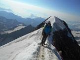 Via Normale Weissmies (cresta SE) - Lungo l´affilata cresta nevosa finale