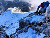 Via Normale Antelao  (post crollo 2014) - Passi di arrampicata a 100 m dalla vetta