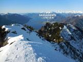 Via Normale Cima di Sassello - versante SE - Panorama di vetta sul Sassariente e sul Lago Maggiore