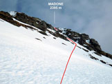 Via Normale Madone (di Vogorno) - Sul traverso che precede l'imbocco del canalino sommitale