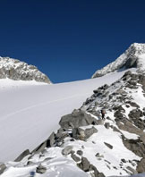 Via Normale Punta Bianca - Versante Nord   - Cresta e vedretta della Punta Bianca
