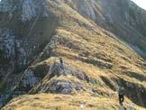 Via Normale Monte Colombera - Lungo la cresta, dietro è il Tremol
