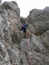 Via Normale Torre dei Sabbioni - Passaggi di III prima della cengia superiore