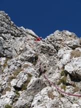 Via Normale Sass d'Ortiga - Il tratto di arrampicata sopra al muretto