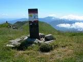 Via Normale Alpe di Succiso - Alpe di Succiso, segnale trigonometrico uguale a quello che si trova sul Monte Terminillo
