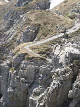 Via Normale Zuccone Campelli - Intaglio attrezzato prima della cima