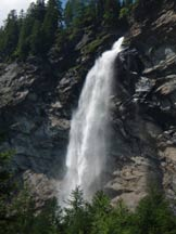 Via Normale Poncione di Braga - La cascata della Froda che si incontra salendo alla Capanna Poncione di Braga