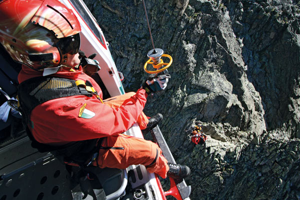 SOS-Italian-Helicopter-Rescue