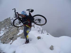 Monte Adamello - Salita verso la vetta lungo la cresta ovest