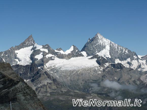 Breithorn Ovest - Zinalrothorn e Weisshorn nella Corona Imperiale