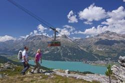 Engadina St. Moritz - Escursionisti nel Gebiet Corvatsch (by Engadin St. Moritz)