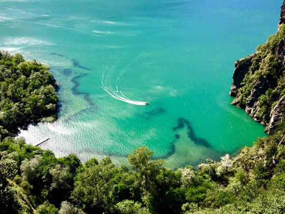 Paesaggi quasi tropicali al vicinissimo lago di Mezzola