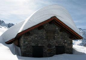 Rifugio Pesciola 2004 m - Pizzo di Faila 2368 m