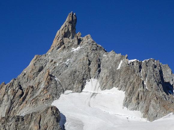 Il Dente del Gigante, la guglia delle Alpi